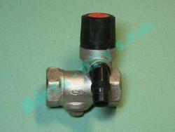 Pojistný ventil k bojleru teče